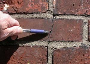 brickcrack01
